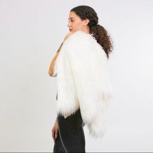 Fuzzy Navel White Faux Fur Jacket